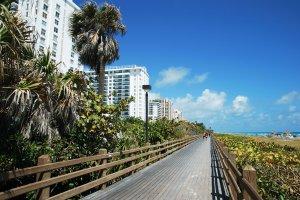 Miami-Beach-Boardwalk